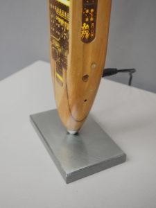 sculpture bois sur pied acier