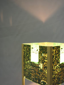 lampe avec projections lumineuses