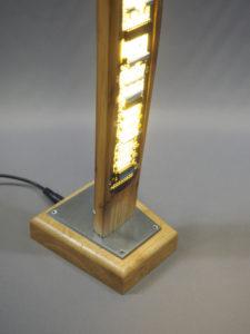 lampe d'acier, bois chêne et châtaignier